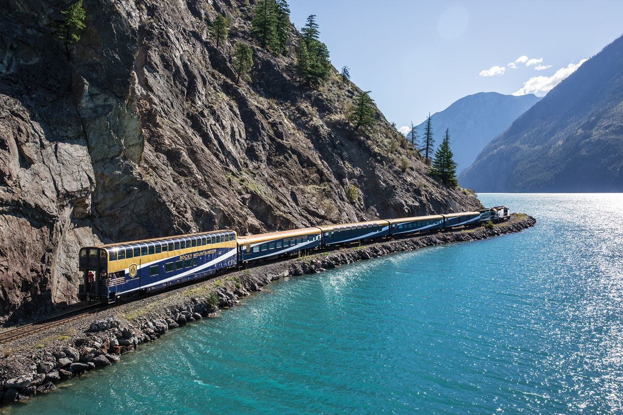 Rocky Mountaineer, Journey Through the Clouds SILVERLEAF June 2022